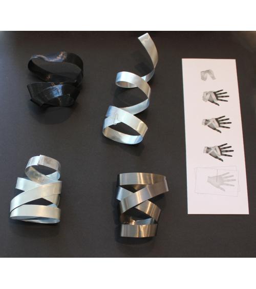 Odile Decq - Bracelet de main Atamé